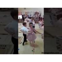 Танец «Вальс Выпускников»